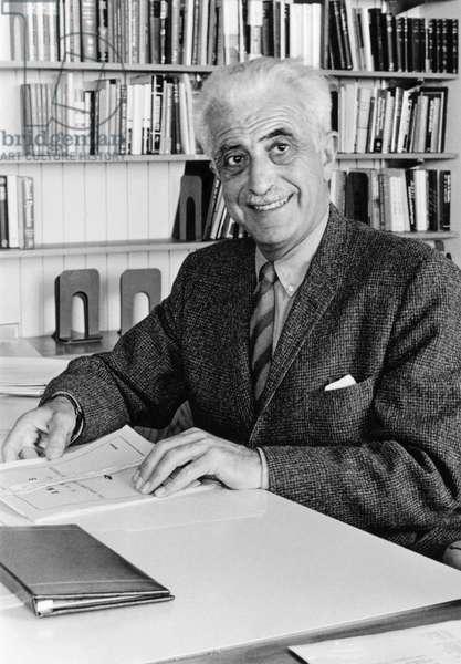 Gregory Goodwin Pincus, c.1960 (b/w photo)