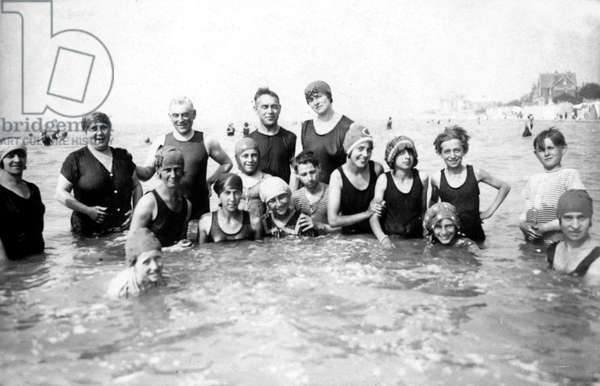 beach in Le Touquet , north of France, in 1925
