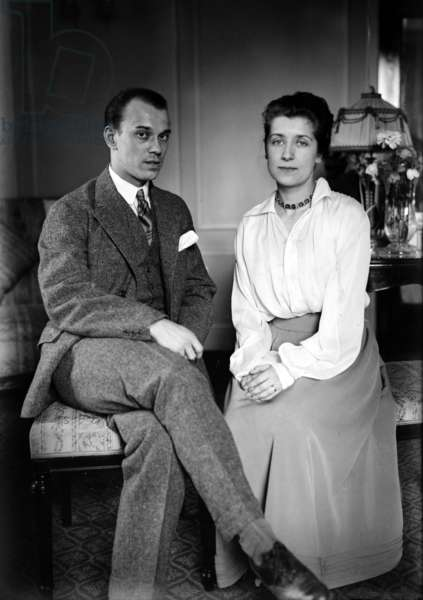 Vaslav Nijinski (1890-1950) russian dancer and choreographer and his wife Romola de Pulszky (1894-1978) hungarian actress c. 1920
