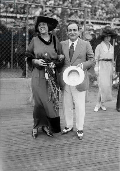 Italian tenor Enrico Caruso (1873-1921) with his wife Dorothy Park Benjamin c. 1920