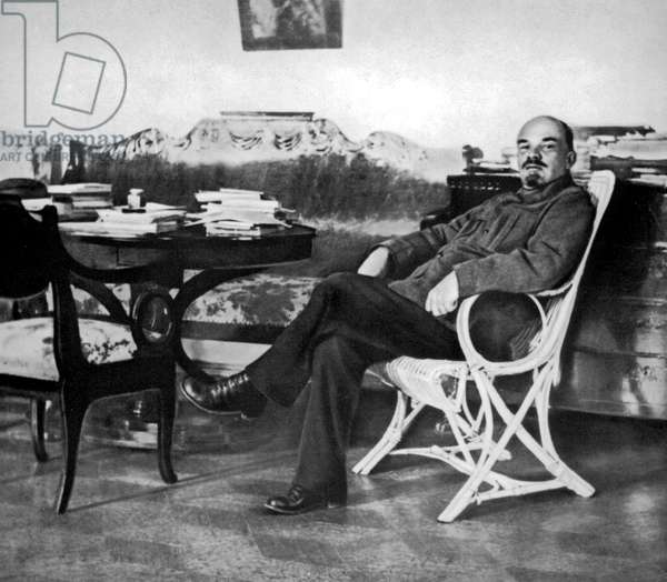 Vladimir Illitch Oulianov aka Lenin (1870-1924) Russian political leader Lenin at the Gorki villa in august 1922
