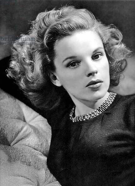 American actress Judy Garland (1922-1969) c. 1943