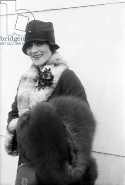 Irene Rich (1891-1988) american actress c. 1920