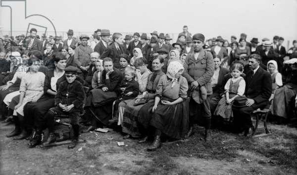Immigrants in Ellis Island, New York, c. 1907