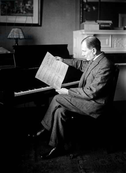 Ernst von Dohnanyi (1877-1960) aka Erno Dohnanyi, hungarian composer, conductor, pianist, c. 1925