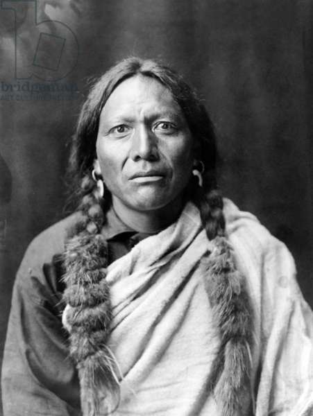 Tull Chee Hah, indian warrior, c. 1905, photo Edward S. Curtis