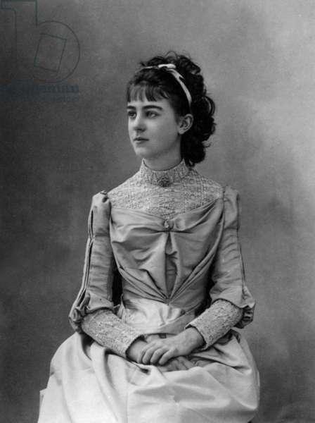Elisabeth de Gramont (1875-1954) future duchess of Clermont Tonnerre, 1889, photo by Paul Nadar