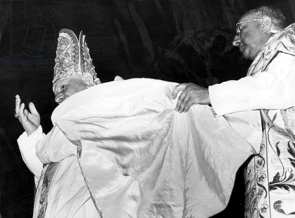Pope John XXIII, Ange Joseph Roncalli (1881-1963, pontificate 1958-1963) here june 17, 1960