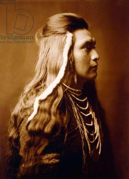 Sawyer, Nez Perce indian, c. 1900, photo Edward S. Curtis