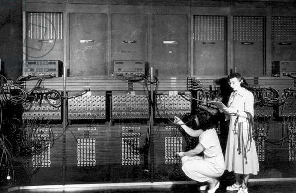The computer ENIAC (Electronic Numerical Integrator And Computer) developed at the University of Pennsylvania in 1946: 1st electronic computer