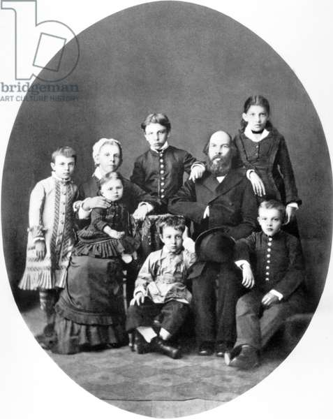 Oulianov family l-r: Olga, Alexander, Anna (standing), the mother Maria Alexandrovna Oulianov holding in her arms one year-old Maria Ilitchina , Dimitri, the father Nikolaievitch Oulianov and 9-year old Lenin in Simbirsk, 1879