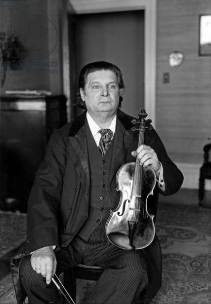 Eugène Ysaÿe (b/w photo)