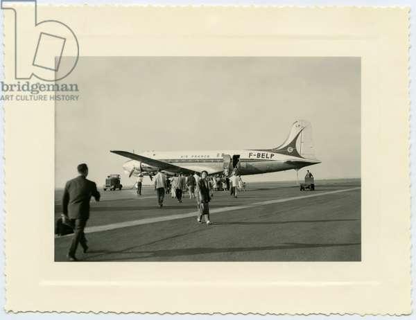 Constellation plane (Air France), Orly airport, Paris, 1955