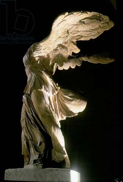 Side view of the Victory of Samothrace (Parian marble) (see also 94601-03 and 154093)