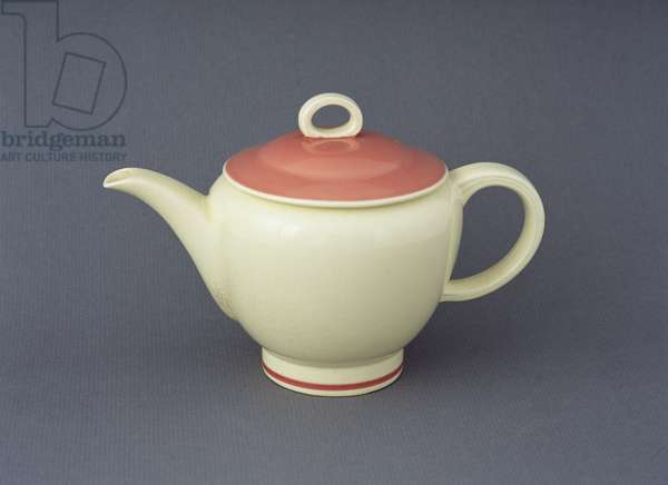 'Falcon' teapot, 1938 (earthenware)