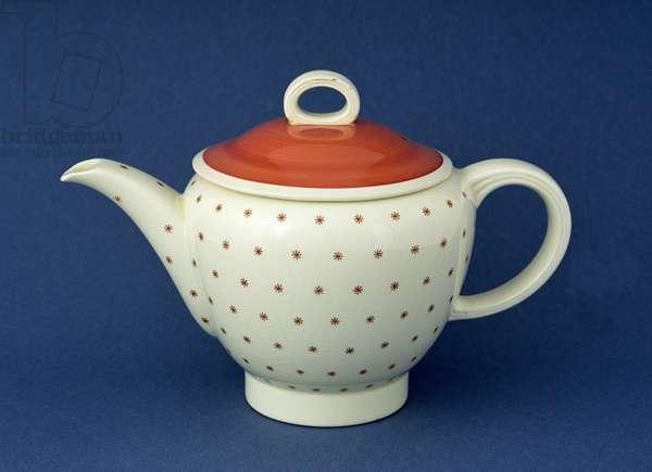 'Falcon' teapot, late 1930s (earthenware)