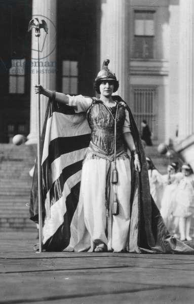 Closeup of Columbia figure in women's suffrage tableau, Washington D.C., March 3, 1913 (b/w photo)