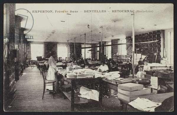 Postcard depicting the lace manufacture Experton, Frere et Soeur, in Retournac, c.1900 (b/w photo)