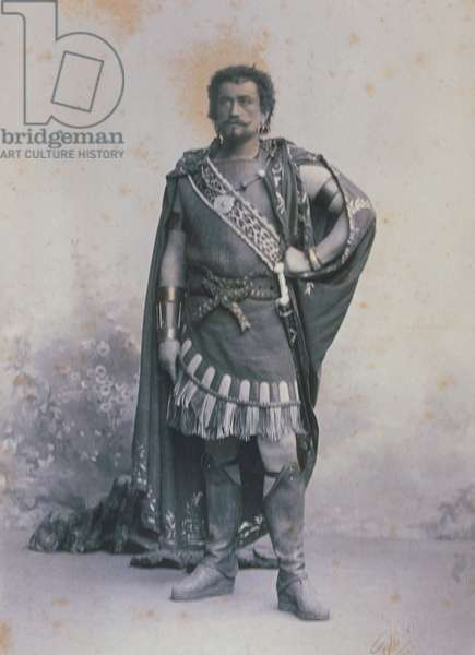Maurice Renaud as 'Saléza'