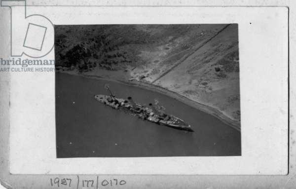 The Koenigsberg sunk in the Rufiji, 1915 (b/w photo)