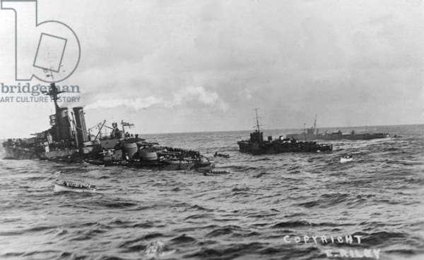 HMS Audacious sinking off Tory Island, 27 October 1914 (b/w photo)