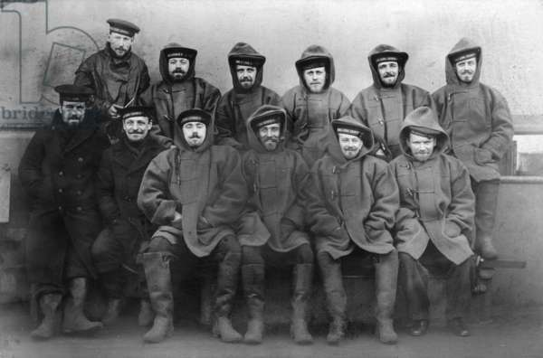 Ratings from HMS King George V in Cold Weather Rig, c.1915 (b/w photo)