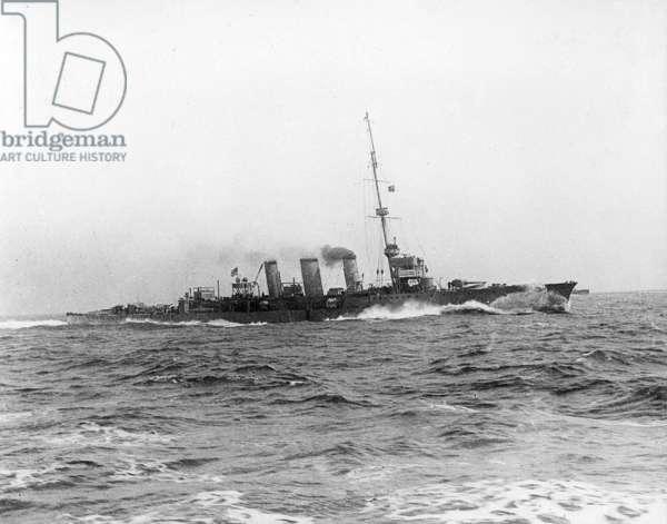 HMS Arethusa, 1914 (b/w photo)