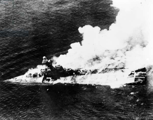 Carriers H011, HMS Hermes, Sinking, 1942 (b/w photo)