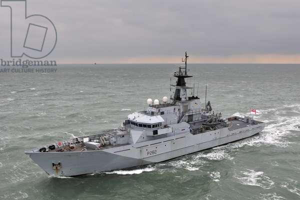 HMS Severn OPV (photo)