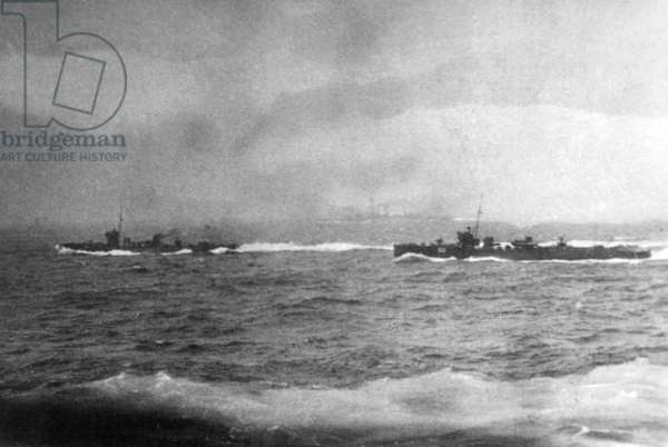 Two destroyers screening HMS Barham, Jutland, 1916 (b/w photo)