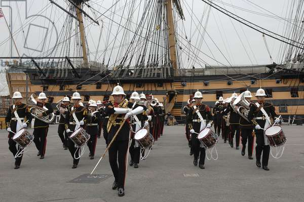 Royal Marines Band in front of HMS Victory (photo)