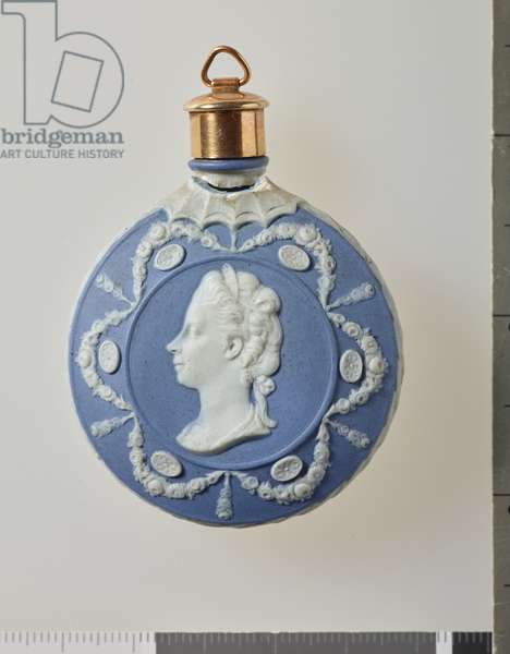 Scent bottle, c.1785 (jasper ware & gold)