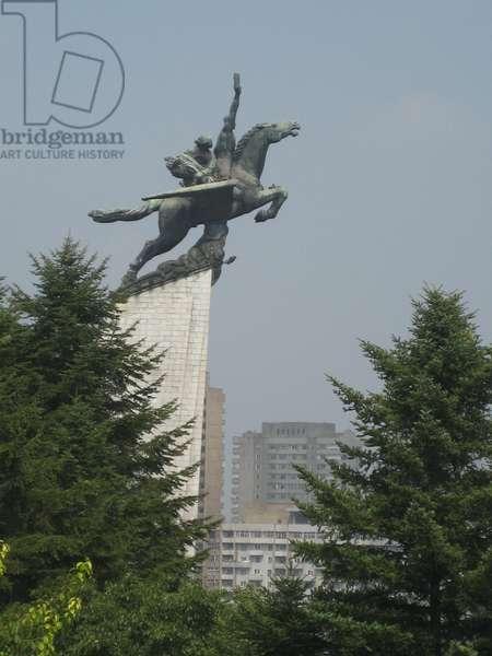 Chollima Statue, Pyongyang, 2008 (photo)