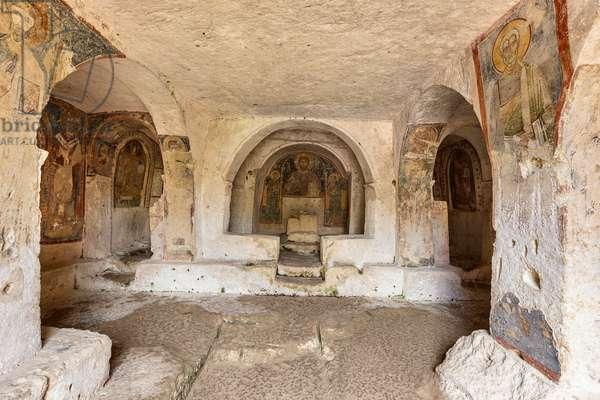 Mottola, Taranto, Puglia, Italy, Rock church of St. Nicholas, interior (photo)