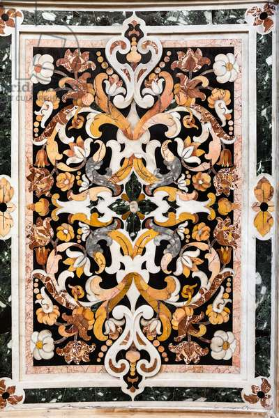 Cathedral of San Cataldo, Chapel of San Cataldo, wall decorations with inlay and carving, Taranto, Puglia (photo)