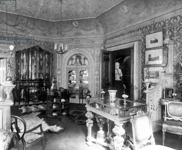 Drawing Room looking towards the Morning Room, East Cliff Hall, Bournemouth, c.1907 (b/w photo)