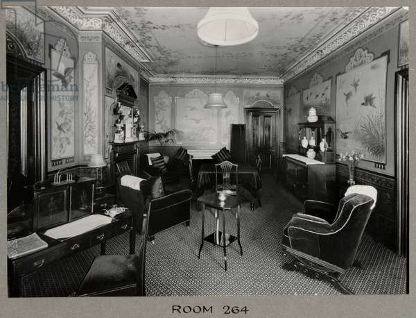 The sitting room in Room 264 at the Royal Bath Hotel, with murals by by John Thomas (1826-1902), 1920-30 (b/w photo)