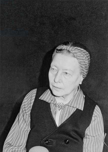 Simone de Beauvoir (1908-86), 1978 (b/w photo)