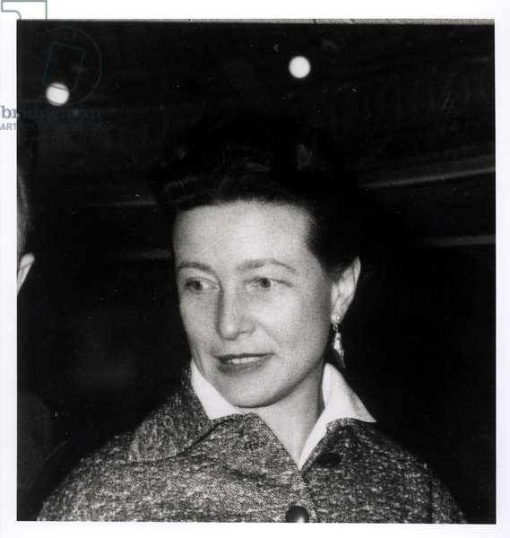 Simone de Beauvoir (1908-86), 1955 (photo)