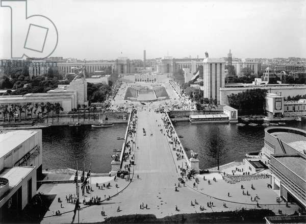 Panoramic view taken from the Eiffel Tower towards the Palais de Chaillot, Paris, 1937 (b&w photo)