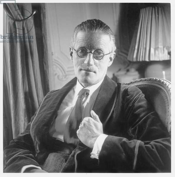 Portrait James Joyce (1882-1941) (photo)
