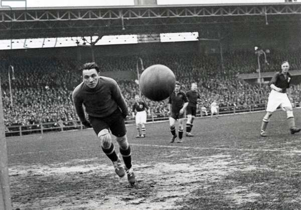 Dutch player Wim Lagendaal shoots on goal but misses. Amsterdam, The Netherlands, 1932