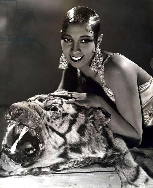 Josephine Baker in 1931 (b/w photo)