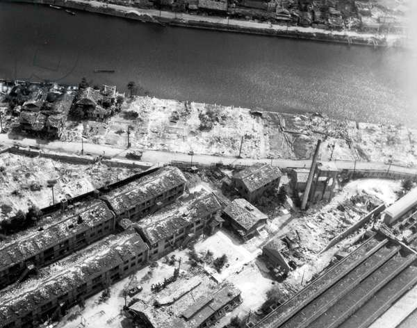 Air photo of the destruction in Hiroshima, Japan, after the dropping of the atomic bomb, 6 August 1945