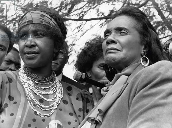 Human rights activist Coretta Scott King (right, widow of Martin Luter King) and Winnie Mandela (left, former wife of Nelson Mandela) (1936-2018). Johannesburg, South Africa, 11 September 1986.