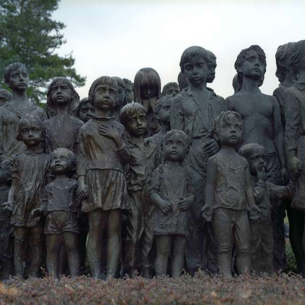 Memorial to the Children Victims of the War