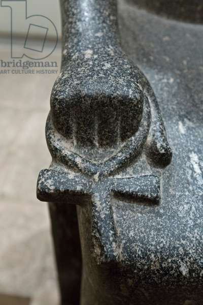 Detail of the ankh held by Iwnit, 1405-1367 BC, Luxor statue cache (stone)