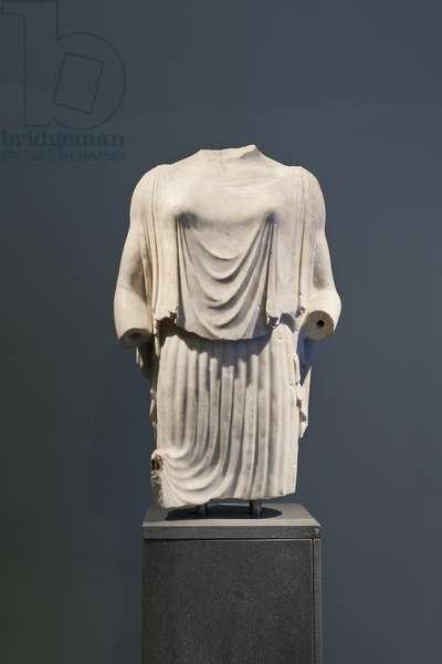 Peplophorus, female figure wearing a peplos, original greek statue, about 470-460 BC, national museum of Rome (museo nazionale romano), Rome, Italy