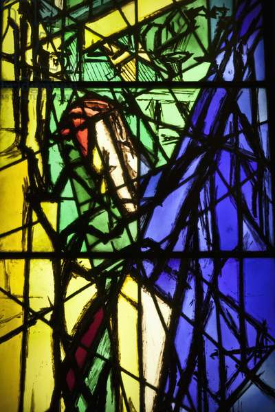 Crucifixion (stained glass)