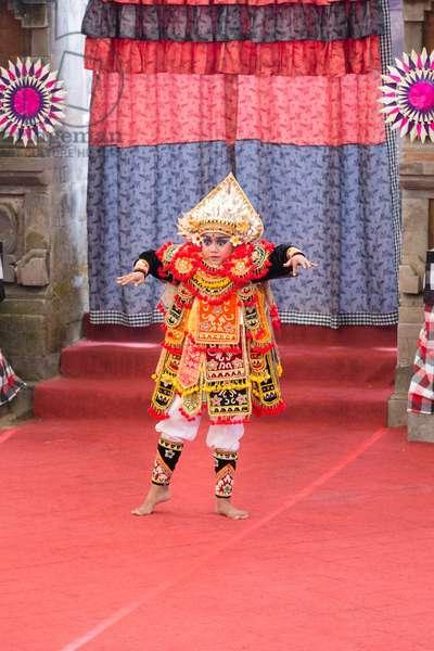 Baris Mendak Toya dance reconstruction by Badung regency, Angsoka open stage, 2015 Bali art festival, Denpasar, Bali, Indonesia